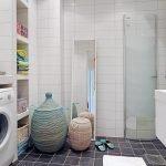 Просторная ванная со стиральной машинкой