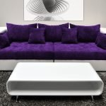 Бархатный фиолетовый диван