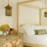 Светильники под старинные фонари в спальне