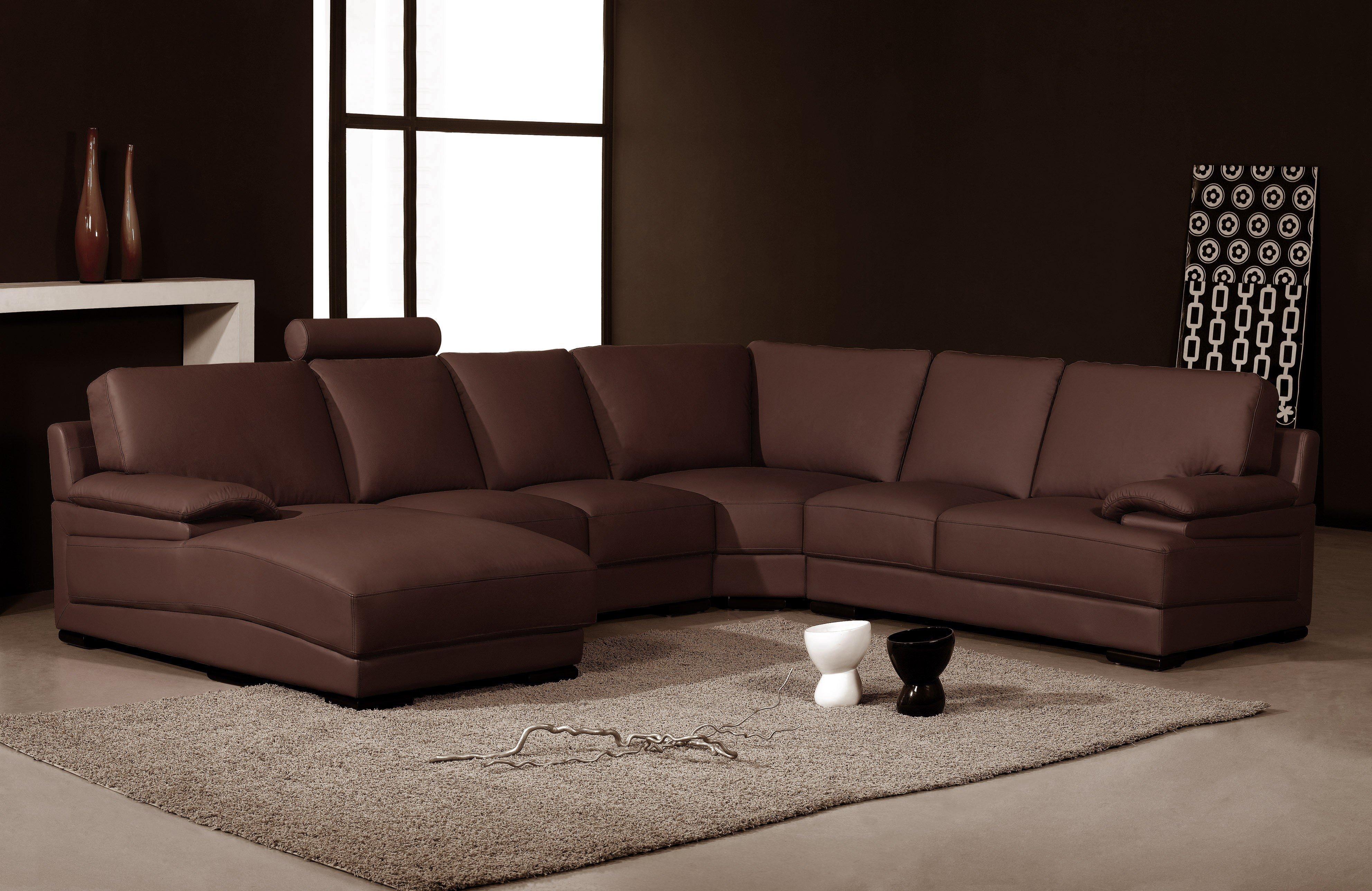 Коричневый диван в интерьере 50 фото