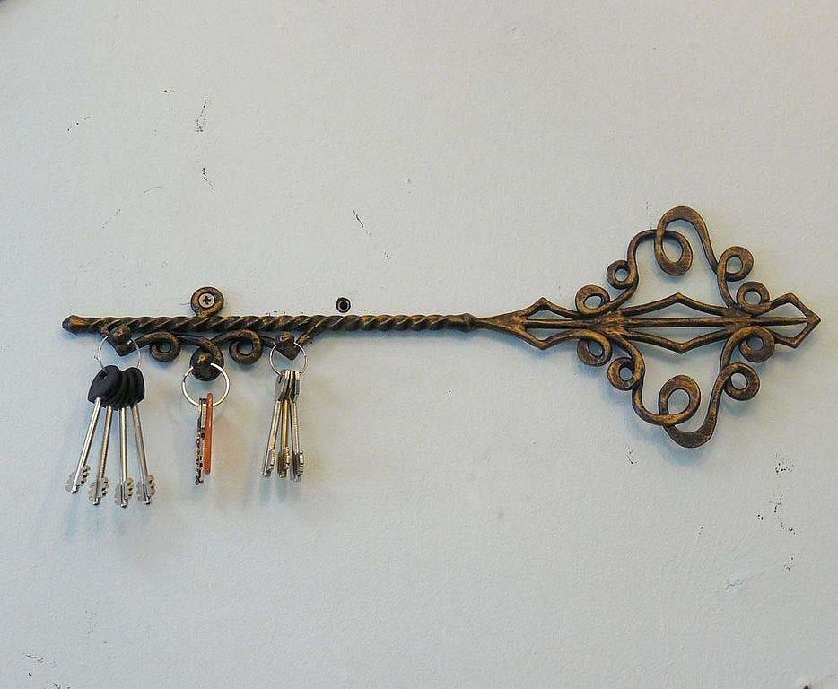 Кованная ключница