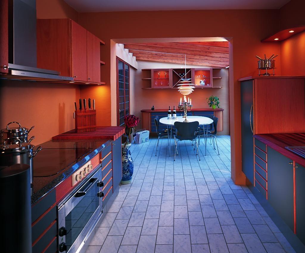 Сочетание цветов в интерьере кухни фото красный