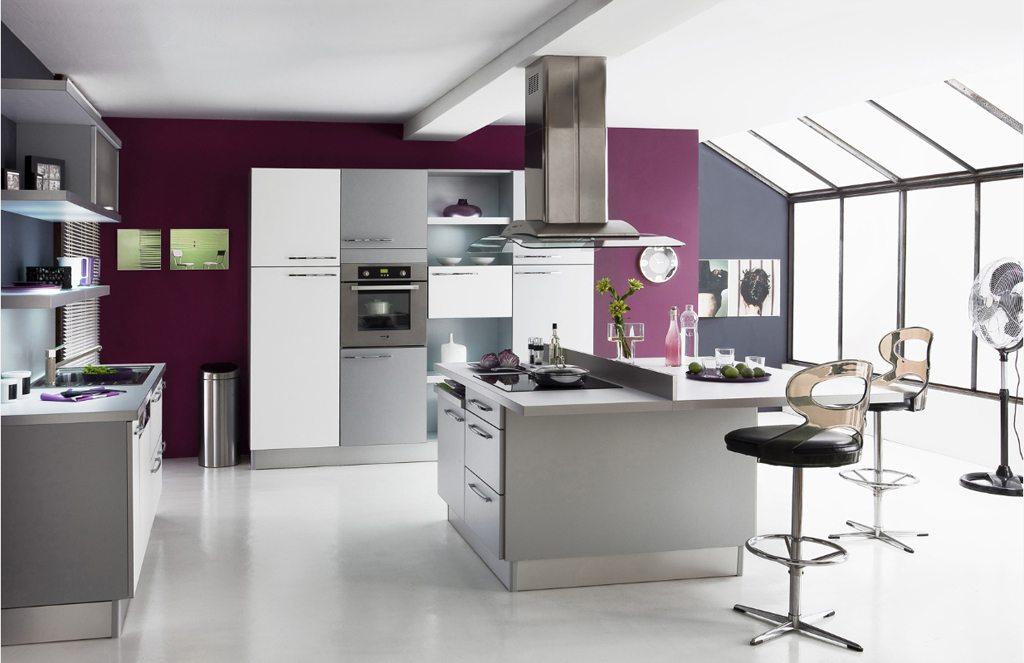 Кухня в лавандовом цвете