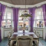 Лавандовые шторы в столовой
