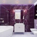 Темно-сиреневая плитка в ванной
