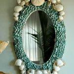 Узоры из ракушек в оформлении зеркала