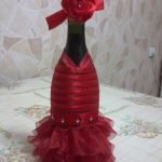 Бутылка в платье