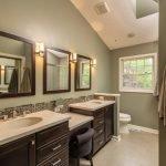 Классический интерьер ванной комнаты