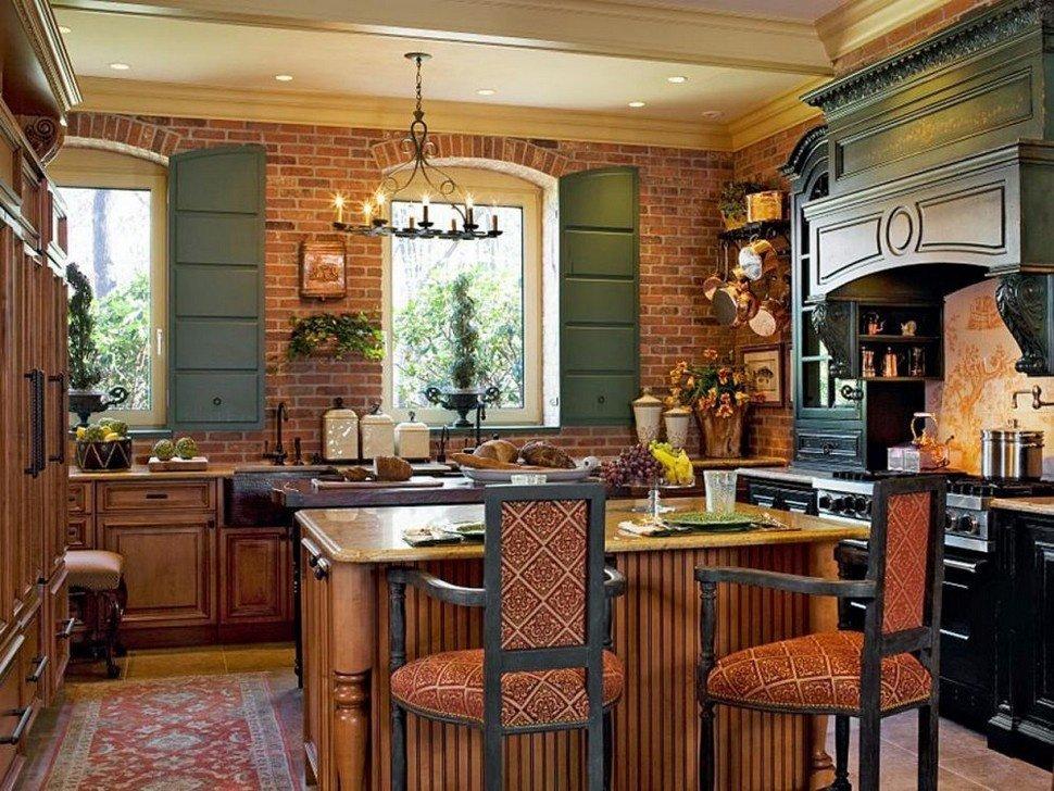 Светлый потолок на кухне в стиле кантри