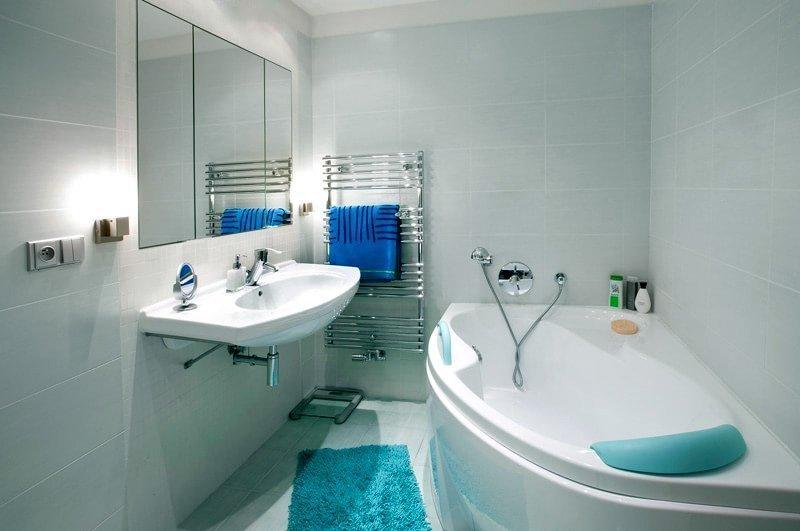 Зеркало в интерьере малогабаритной ванной