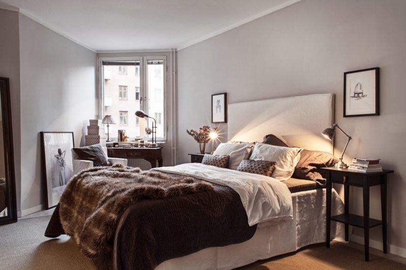 Серые стены в спальне в хрцщевке