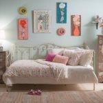 Односпальная кованая кровать