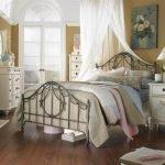 Красивый текстиль для спальни