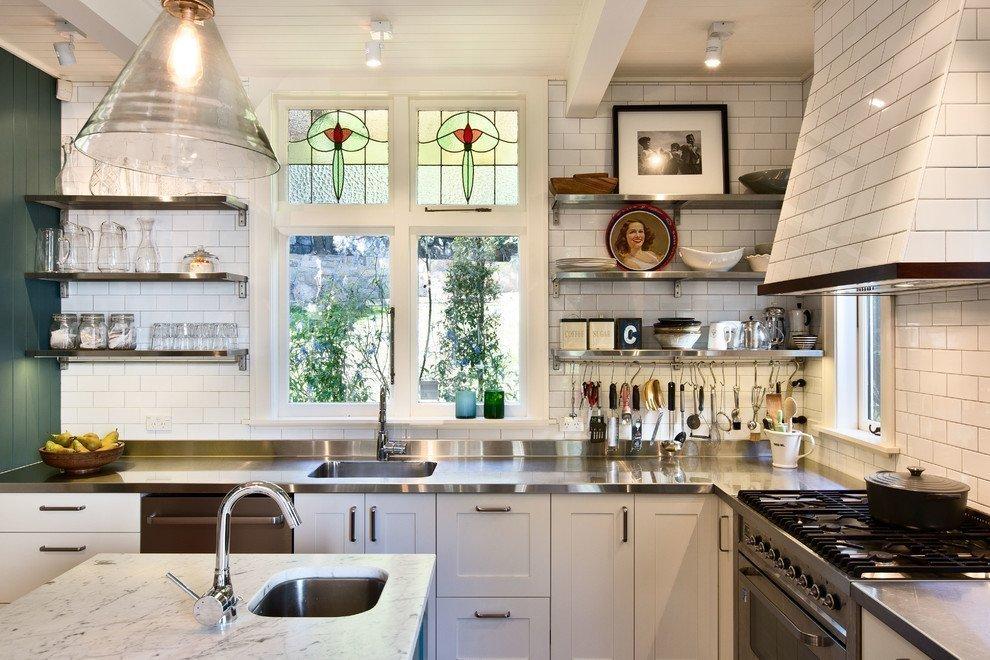 Декор окна в кухне