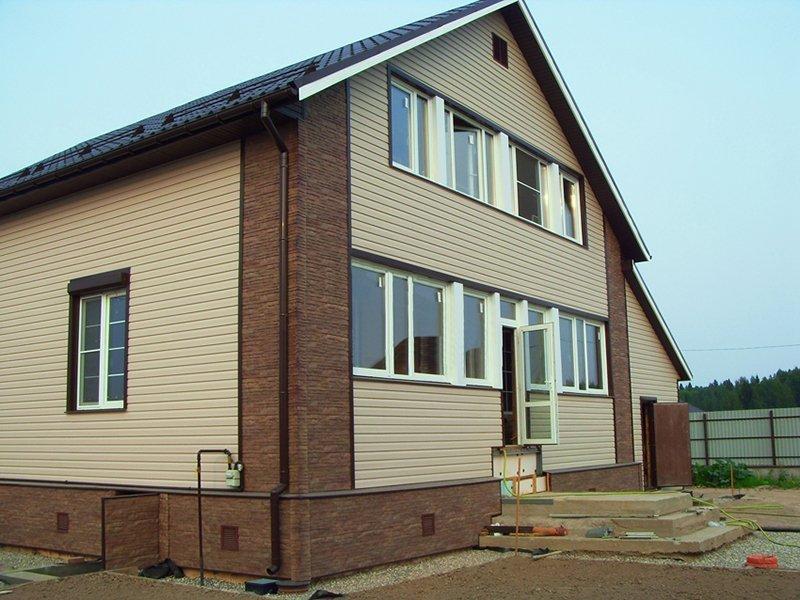 Выделение углов и цоколя дома