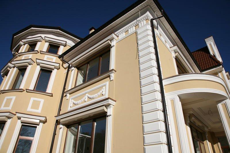 Декор фасада дома