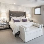 Спальня для женщины в частном доме