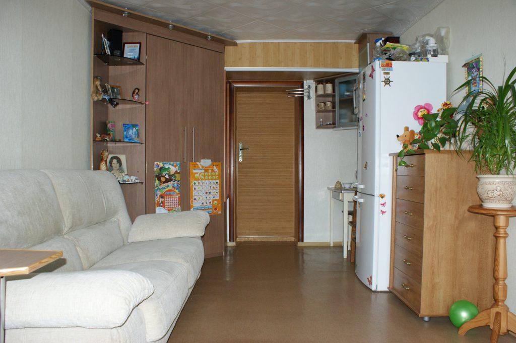 Интерьер комнаты 12 кв. м в общежитии