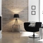Столик и кресло напротив декоративного камина
