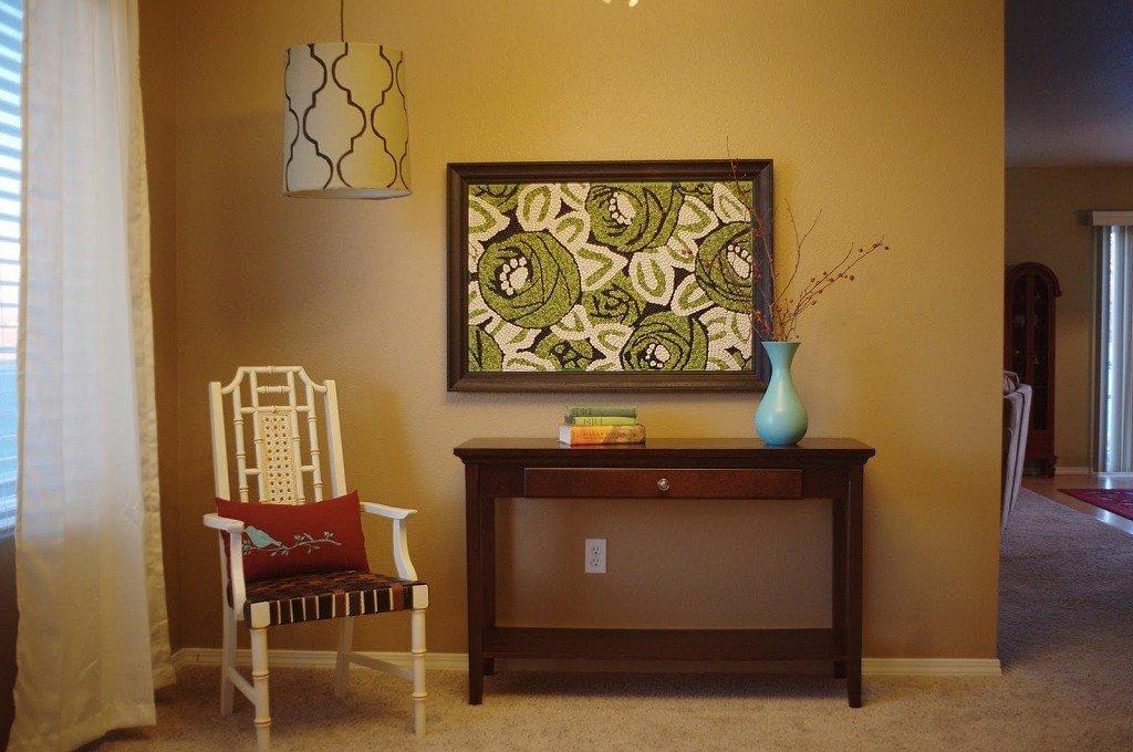 Картина в гостиной