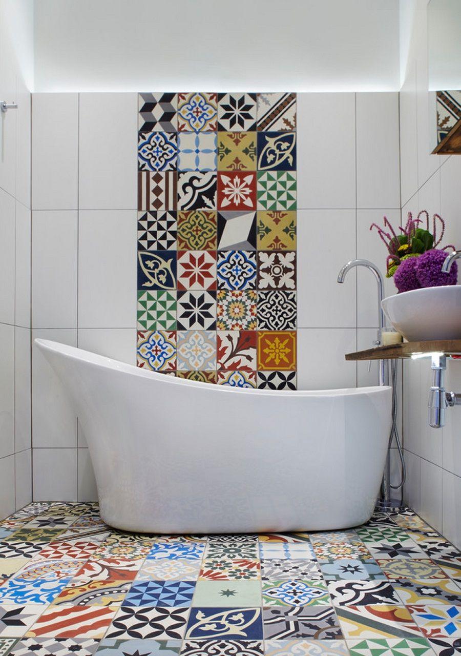 Плитка с орнаментом в ванной