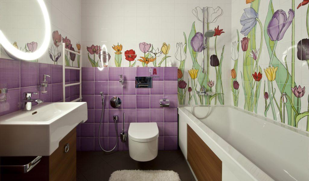 Тюльпаны на стене