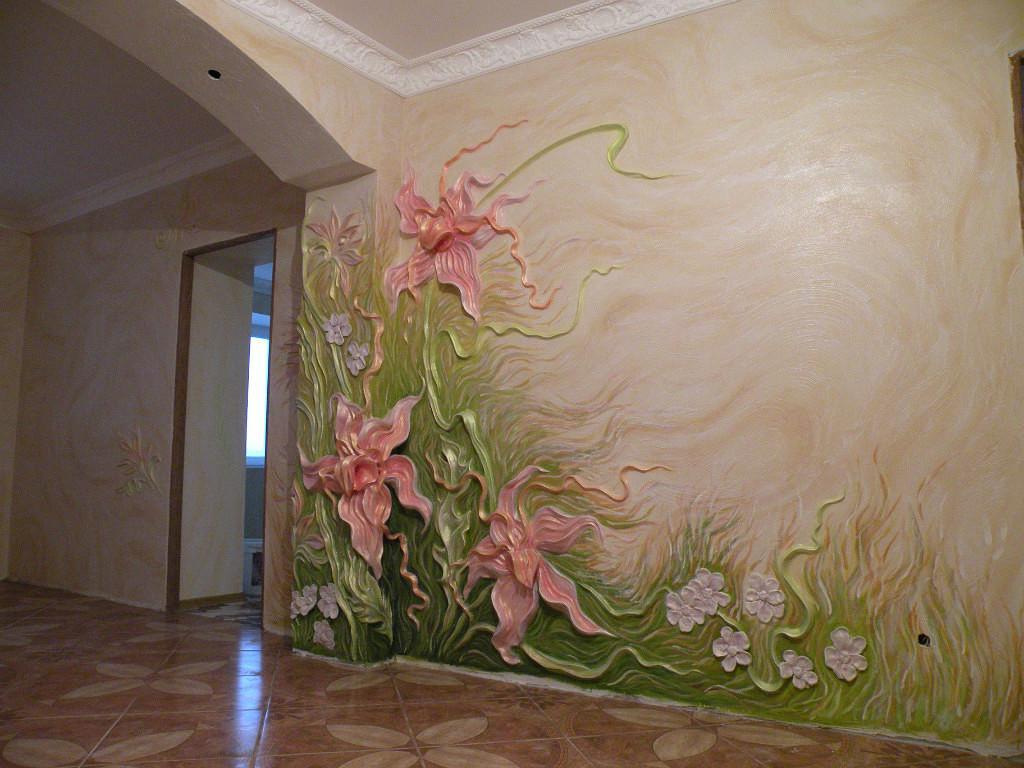 Цветочная композиция из декоративной штукатурки