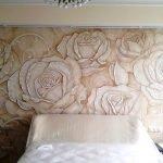 Розы из декоративной штукатурки