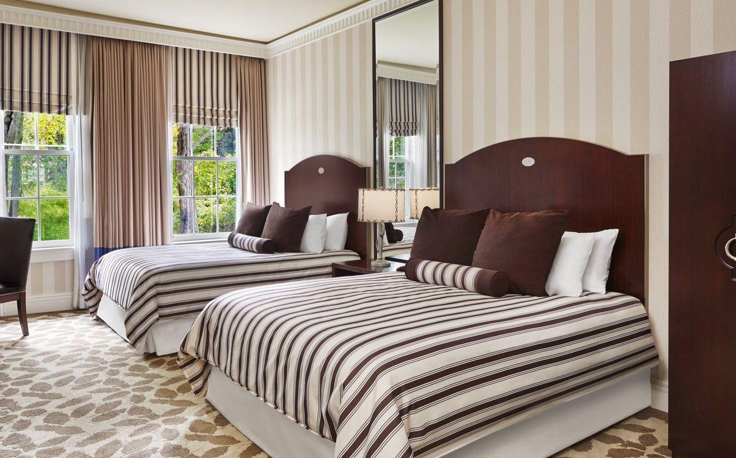 Шоколадно-белое постельное белье