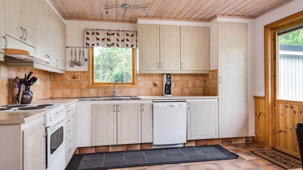 Дизайн кухни на даче