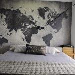 Фотообои с картой мира в черно-белом цвете
