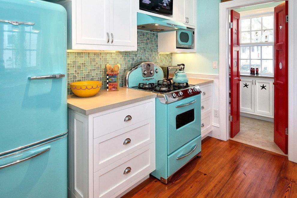 Современная кухня в стиле 60-х