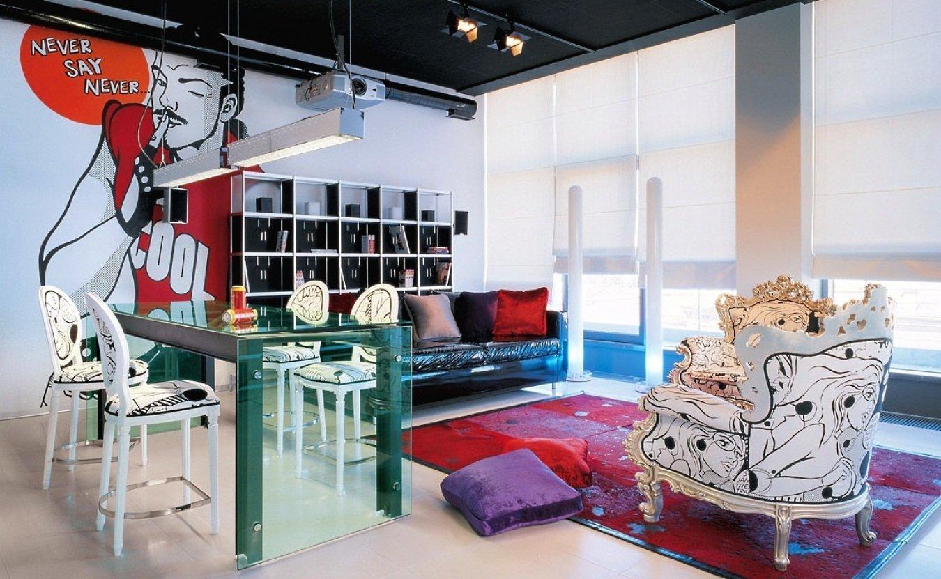Яркие предметы интерьера в дизайне комнат